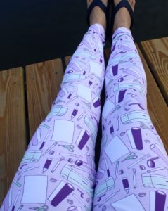 Cricut motif leggings from Clever Someday